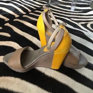 Banana Republic Mustard and Grieg Stripe Wedge